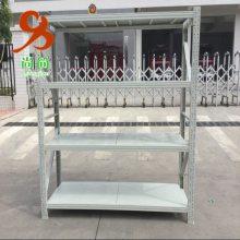 中型层板货架有哪些特点?
