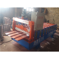 供应浩鑫热销900型墙面板压瓦机质量保证