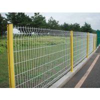 桃型立柱护栏网连接简便不用螺丝坚固防盗,桃型立柱护栏美观大方