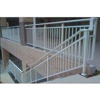张家界喷塑楼梯扶手,张家界锌钢楼梯栏杆HC,仿木纹靠墙扶手,热镀锌护窗栏杆Q235,