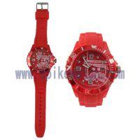 美国速卖通货源厂家专供新款带日历环保硅胶石英手表