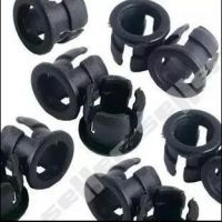 3MM5MM灯座平扣 长短扣LED灯珠直插发光管灯罩固定座黑色塑料座子