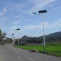 辽宁省抚顺市太阳能路灯厂家为新农村低价售出6米30W太阳能路灯
