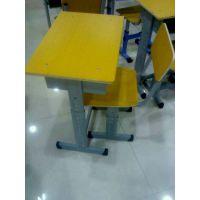 南宁市厂家大量生产学生学习用品,宏励体育公司批发课桌椅