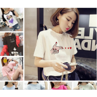 青岛便宜服装批发市场 夏季男女装潮流新款T恤批发女士短袖韩版低价处理
