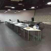 上海学校家具新款学生课桌幼儿园彩色桌梯形课桌椅自由拼接