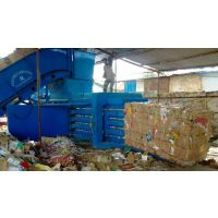 半自动纸壳板打包机哪个厂家的好,卧式半自动纸壳板打包机多少钱一台-定陶华龙