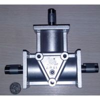 ARA0螺旋锥齿轮转向箱 速比1:1 轴配置LR