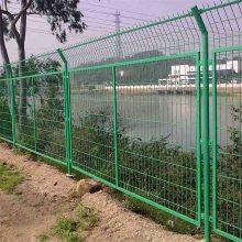 铁丝隔离网安装 高速公路护栏网 工地防护网
