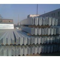 福建三明南平供应高速公路波形护栏 热镀锌波形梁护栏 双波防撞护栏板非标国标定制