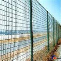 昌熙护栏网厂家批发荷兰网 圈地护栏网 铁丝网护栏多少钱一米