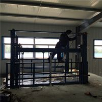 马鞍山固定式导轨升降机,2吨导轨升降货梯价格