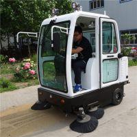 小林牌济南全封闭电动扫地车XLS-1900适用于环卫道路、大型广场高效的道路清扫