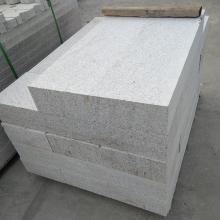 深圳石材仿形机加工,S形路缘石,石材线条加工,罗马柱