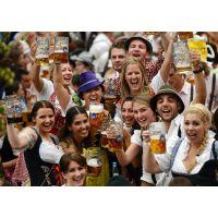 凯特王啤酒祝所有代理商经销商国庆快乐!