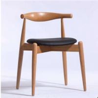 岳阳市餐饮桌椅,北欧休闲风咖啡厅西餐厅圆坐垫牛角实木椅餐椅