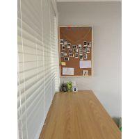 深圳彩色贴布软木板M大连水松留言板装饰M幼儿园展示板