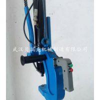 深圳自冲铆接技术,悬挂式锁铆设备,贝瑞克液压铆接机