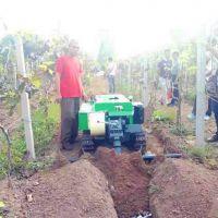 单独开沟施土杂肥机 富兴牌履带低矮果园开沟回填机效果好