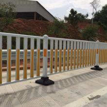 深圳街道隔离栅定做 非机动车分离栏杆价格 深汕交通防护栏设施