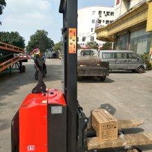 鑫力电瓶堆垛机,电动堆高车 电动搬运车进口配置