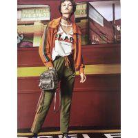 武汉女装品牌折扣走份批发洛呗一风衣外套|专柜女装品牌库存批发价格