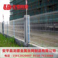 高速公路隔离网价格 焊接网隔离栅 建材护栏网