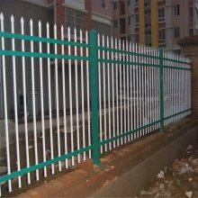 草原锌钢围墙栏杆 三横杆学校操场用隔离栅 河北锌钢护栏网厂家