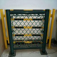 安装PVC浸塑体育场护栏,球场铁丝网厂家