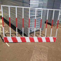 基坑护栏厂家 供临边基坑防护栏 电梯井口警示栏 工程建筑围挡 黄黑相间 工地防护设施