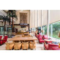 西安创业主题咖啡馆时尚实木桌椅定做
