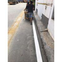 学校道路划线,深圳亚兴停车场有专业的划线人士,机场车库指示标线