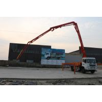 小型混凝土输送泵主要负责混凝土的搅拌和泵送