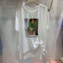济南因厂家倒闭大码条纹女士T恤大量批发 新款时尚百搭纯棉短袖低价处理