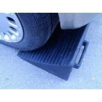 大型橡胶车轮防滑器 货车止退器阻轮器重型车专用止滑器