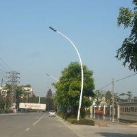 广西休闲广场灯杆瓦数 防生锈电灯柱多少钱 LED道路灯实力厂家