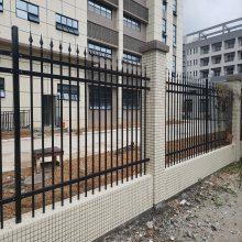 阳江工厂围墙护栏 珠海栅栏防护栏安装 江门金属围栏厂家