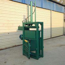 刨花压缩机多少钱 废液油桶压扁机 普航大型立式液压打包机厂家