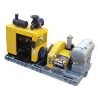 马哈 M 140/200 D 柴油引擎驱动超高压马路标线清洗机