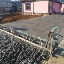 汽油水泥路面振动梁 6米框架式整平机 混凝土马路摊铺机