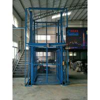 武穴液压升降货梯厂家 安装一台固定导轨式液压升降台多少钱?2018年升降机最新价格