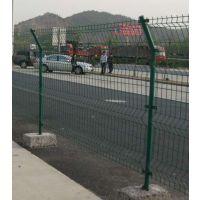 德明高速隔离栅,公路护栏网,浸塑绿色围网,尺寸可定做