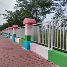 汕尾市政交通护栏厂家 清远供应铁艺围栏订购 珠海深标二型栏杆