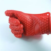 硅胶手套,隔热手套效果怎么样?硅胶手套日用品批发厂家