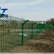 户外防腐蚀围栏网 浸塑铁丝围栏 双边丝护栏网安装方法