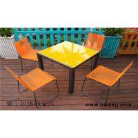 北京外摆休闲桌椅、室外简餐桌椅、方形环保木桌