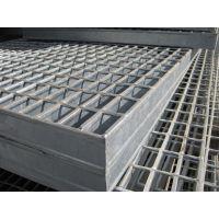 鑫创供应压焊热镀锌钢格板,专业老技术人员