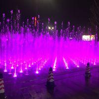 成都水景喷泉、成都广场喷泉、成都水幕电影、成都超高喷泉、喷泉设备
