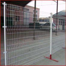 唐山护栏网 双边丝护栏网价格表 简易围墙网