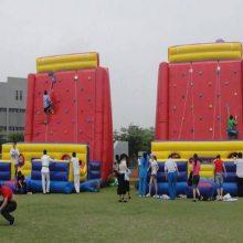 儿童户外充气攀岩亲子活动道具商城开业专用暖场蹦蹦床